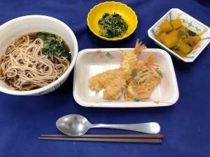 12月31日夕食、年越しそば、天ぷら、かき揚げ (2)
